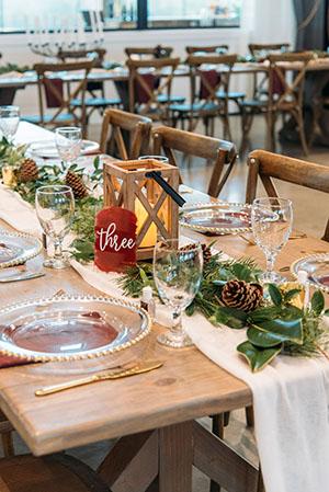 winter wedding head table